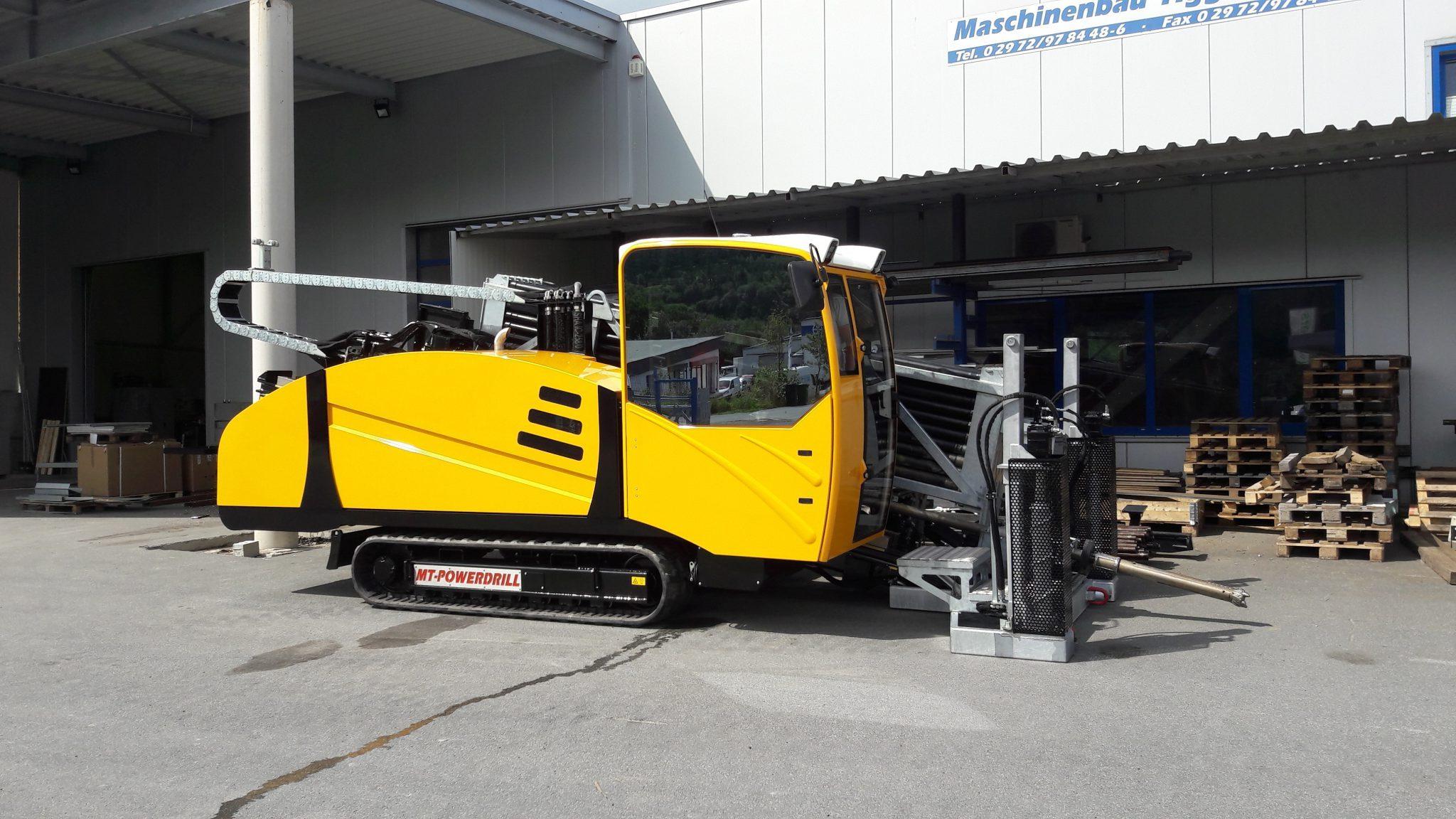 MT18XL afgeleverd aan Gebr. Van Leeuwen
