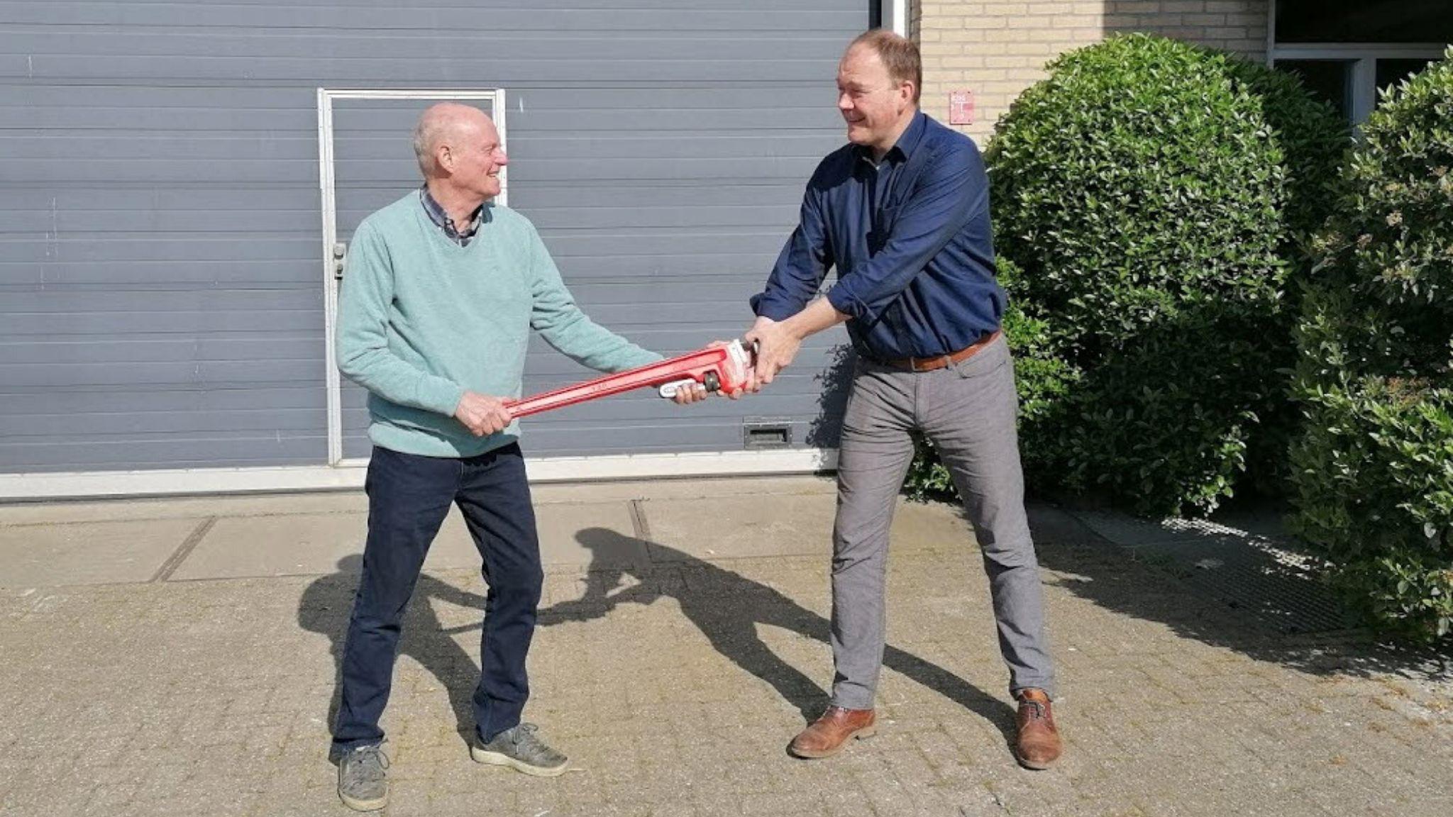 Boretech Holland na 30 jaar overgedragen van J. Zitman aan J. Zitman
